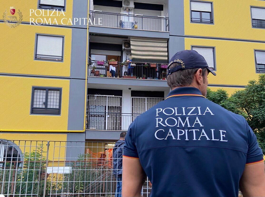 Tor Bella Monaca, avviato lo sgombero di alcuni alloggi Ater occupati irregolarmente