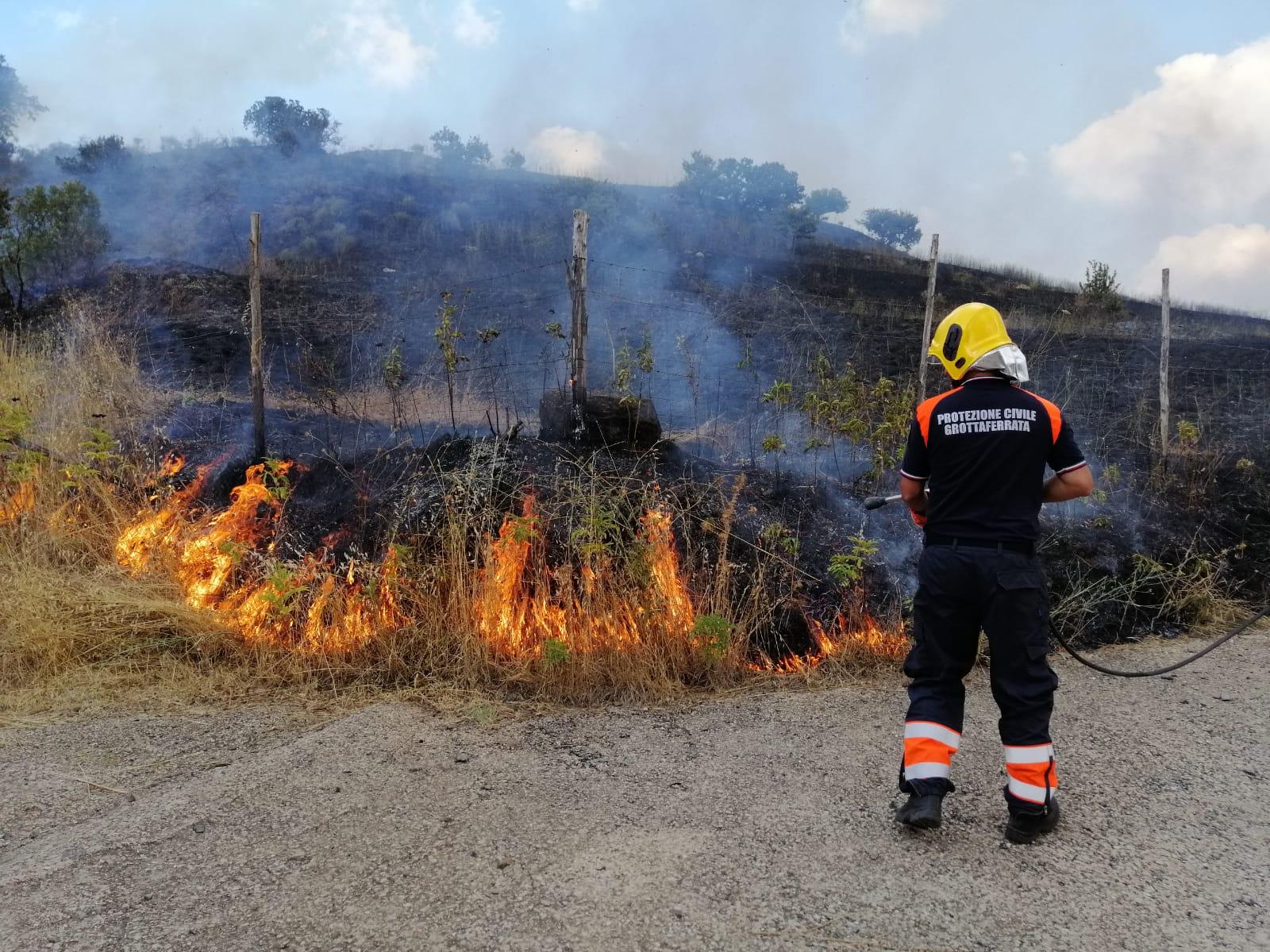 Rocca Priora e Grottaferrata, piromani continuano ad appiccare incendi