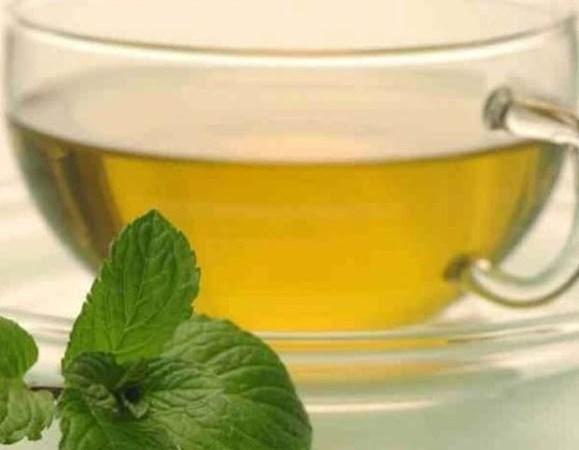 Τα 5 τσάγια από βότανα που θα σας κάνουν να νιώσετε καλύτερα