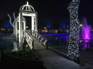 Χριστούγεννα στο Πάρκο των Ευχών στη Λάρισα – Πόλος έλξης για όλη την περιοχή (ΦΩΤΟ)