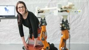 Το πρώτο «έξυπνο» ρομπότ-ξυλουργός που φτιάχνει έπιπλα κατά παραγγελία!