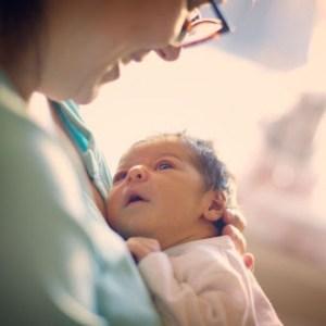 Αγοράκι γεννήθηκε τέσσερα χρόνια μετά τον θάνατο των γονιών του