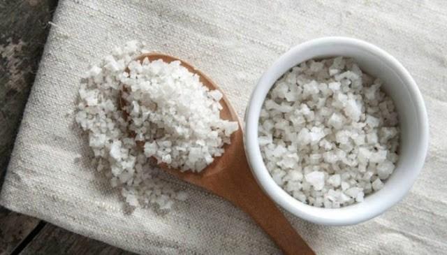 6 Πράγματα που Μπορείτε να Καθαρίσετε με Αλάτι