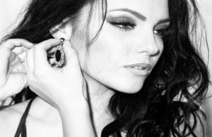 Read more about the article Το ζώδιο της γυναίκας και το κόσμημα που της ταιριάζει!
