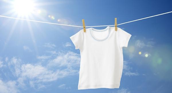 κάνετε τα λευκά ρούχα πιο αστραφτερά