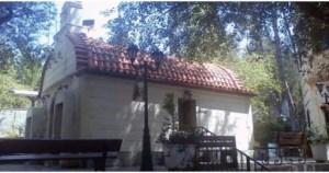 Read more about the article Άγιος Φανούριος: Μια όαση γαλήνης, το εκκλησάκι των θαυμάτων