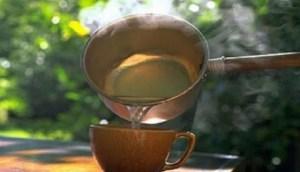 Read more about the article Καταπληκτική θεραπεία με ζεστό νερό που λιώνει τα λίπη και θεραπεύει σοβαρές ασθένειες!