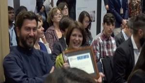 Η Ευρώπη υποκλίθηκε στον πάτερ Αντώνιο που παρέλαβε το βραβείο του καλύτερου Ευρωπαίου Πολίτη