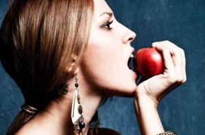 4 διαιτολόγοι αποκαλύπτουν το μοναδικό πράγμα που πρέπει να σταματήσεις να τρως το 2019