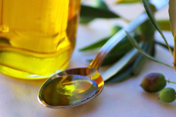 Read more about the article Κάνε πλύσεις στο στόμα σου με 1 κουταλάκι της σούπας λάδι και δες τι εκπληκτικό θα σου συμβεί..