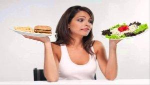 Τσιμπολόγημα: έξυπνα tips για να το αντιμετωπίσεις και να μην βάζεις θερμίδες
