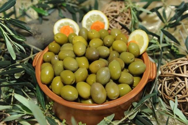 Πράσινες ελιές Χαλκιδικής