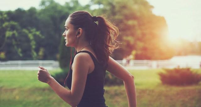 Αργό ή γρήγορο τρέξιμο: Ποιο από τα δύο καίει περισσότερες θερμίδες;
