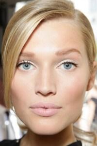10 tips για καθαρό και λαμπερό δέρμα!