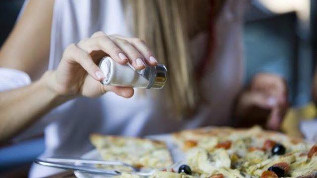 Read more about the article 12 τροφές που μπορείτε να καταναλώσετε άφοβα χωρίς να σας νοιάζει το πότε ή η ποσότητα!