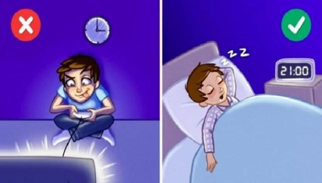 12 πράγματα που κάνουμε πριν πάμε για ύπνο και μας παχαίνουν