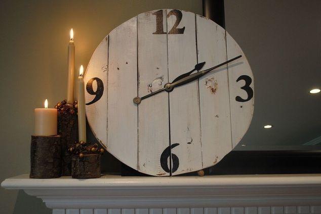 ένα υπαίθριου στιλ ρολόι
