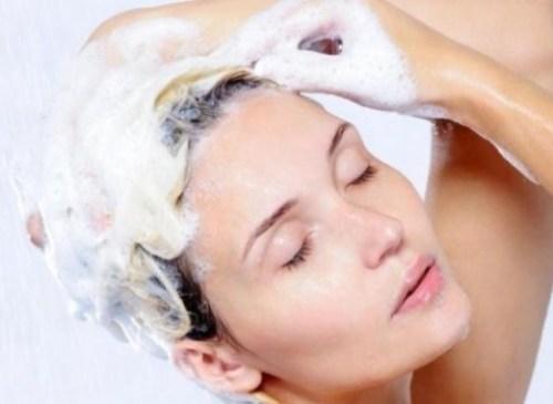 Τα σπιτικά σαμπουάν είναι ιδανικά για κάθε τύπο μαλλιών
