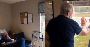 Read more about the article Κορονοϊός: Η φωτογραφία ενός παππού με την εγγονή που κάνει το γύρο του διαδικτύου