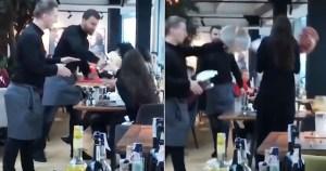 Σερβιτόροι νευρίασαν με αγενέστατη πελάτισσα και της πέταξαν τα γλυκά στη μούρη