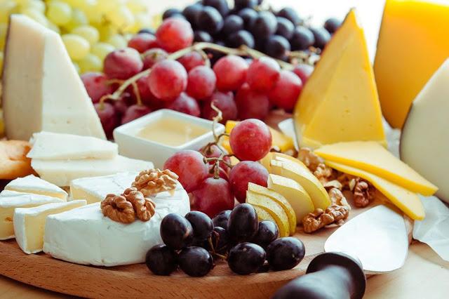 Τυρί & φρούτα
