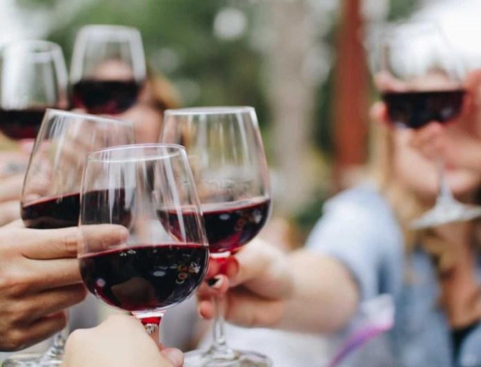 Χάσε κιλά με τη δίαιτα του κρασιού