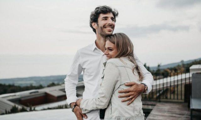 Τα 4 ζώδια που η τύχη τους χαμογελά στα συναισθηματικά