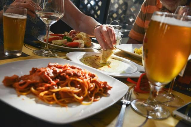 Η ακατάστατη κουζίνα αυξάνει το βάρος