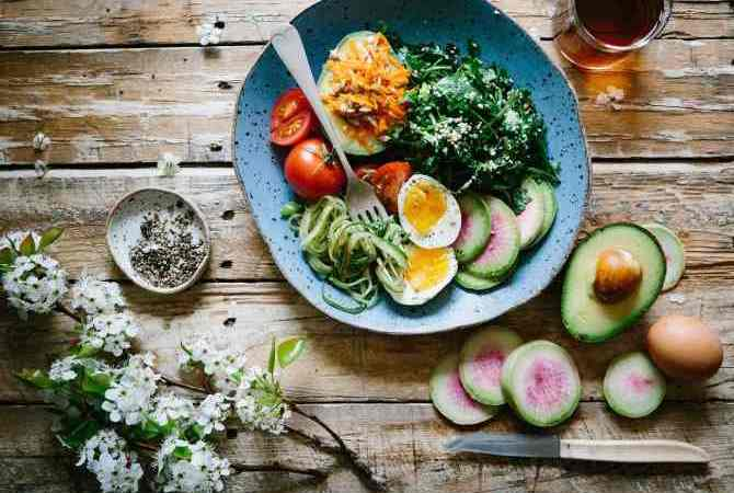 Γιατί τρώω σαλάτες και παχαίνω