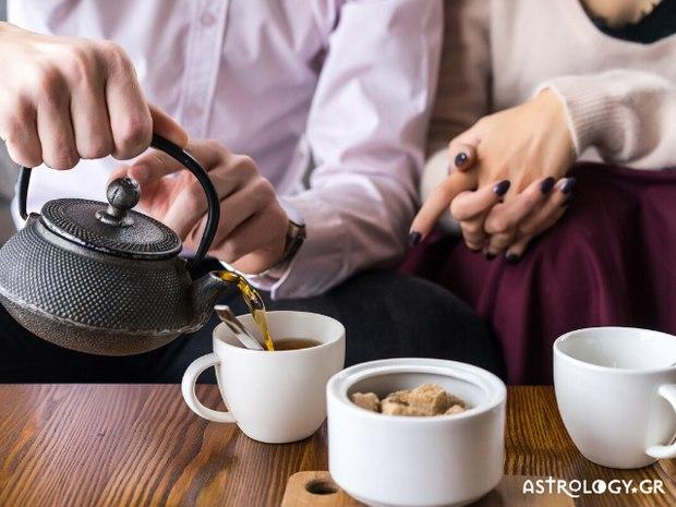 Read more about the article Είσαι λάτρης του τσαγιού; Αυτή η γεύση ταιριάζει με το ζώδιο σου