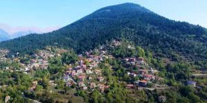 Το ελληνικό χωριό που πήρε το όνομά του… από το κλάμα (video)