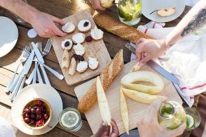 Read more about the article Διατροφή και φαγητό στη παραλία: Έξυπνες και θρεπτικές επιλογές