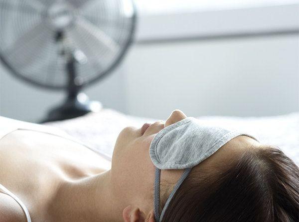 Tricks για να κοιμηθείς τη νύχτα όταν έχει καύσωνα