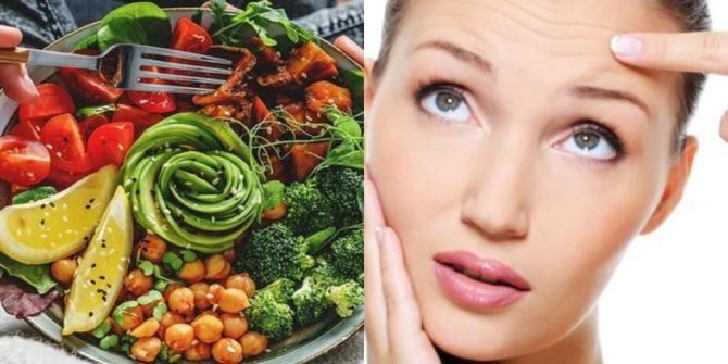 Οι τροφές που θα σας βοηθήσουν να αντιμετωπίσετε τις ρυτίδες