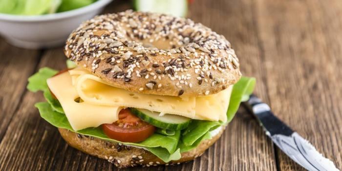 Δίαιτα για χάσιμο λίπους σημαίνει και μείωση στα λιπαρά;