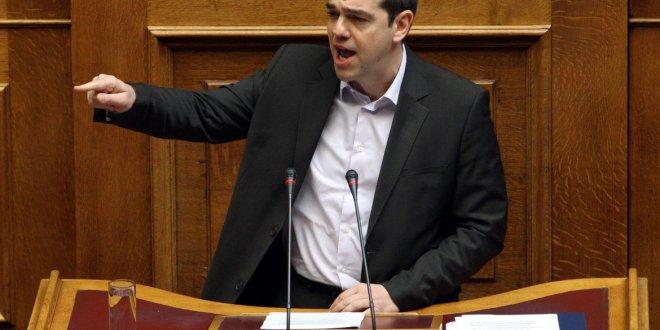 """""""All'arroganza dell'Eurogruppo rispondiamo con la democrazia"""""""