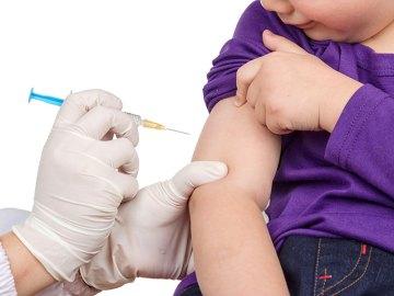 Da oggi senza vaccini non si entra a scuola