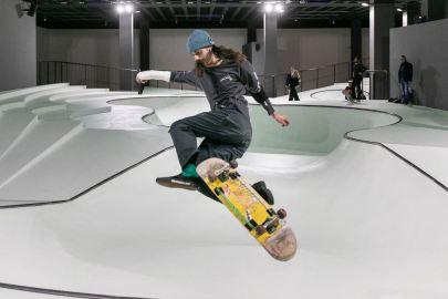 Uno skateboard artistico in Triennale di Milano a gennaio e febbraio