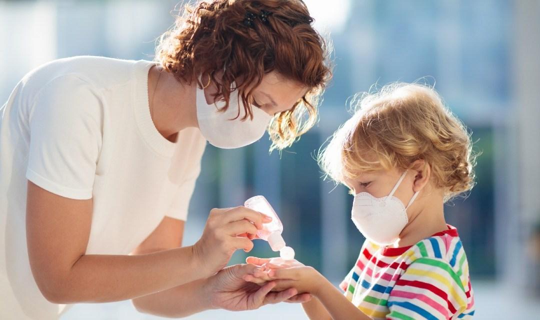 Family Time: la mascherina per i bimbi e la pasta modellina