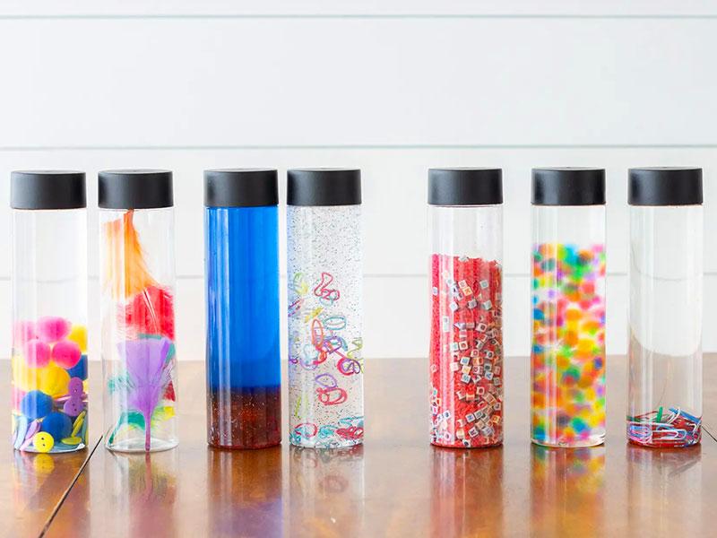 Le bottiglie sensoriali, per stimolare la curiosità