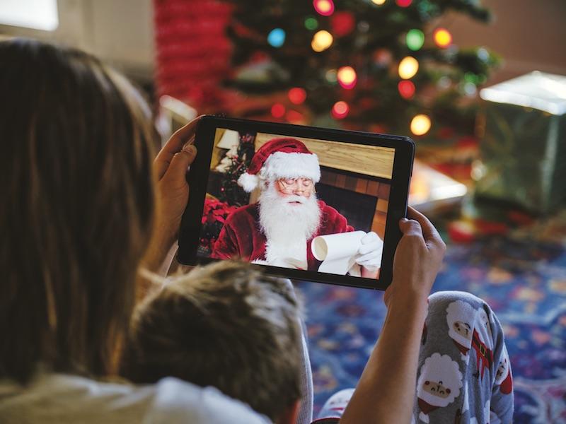 Dalla videochiamata alla letterina: tante idee per contattare Babbo Natale