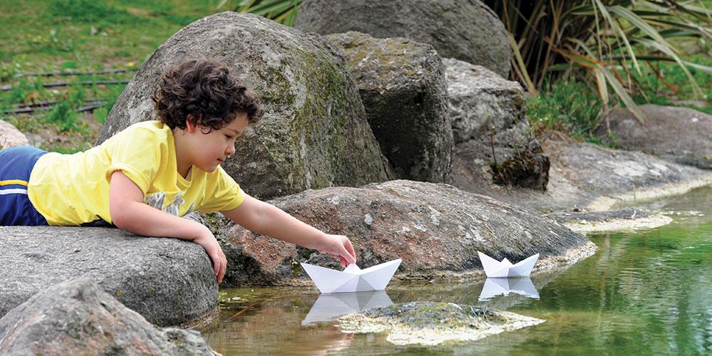 Con le barchette per laghetti e fontane, a Torino e dintorni