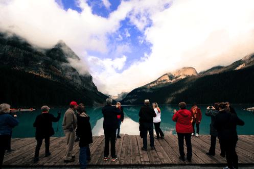 Menschenmenge am Lake Louise