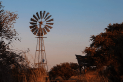 Wasserturm im Canyon Road House, Namibia