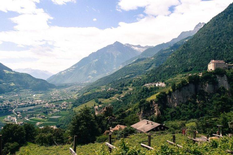 Der Blick von Dorf Tirol nach Algund