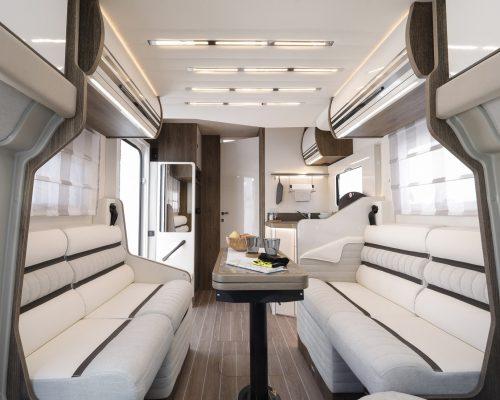 Caravansinternational__Riviera_87_XT__Semintegrale__Camper__23__a1800x900