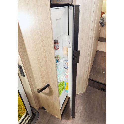 220_S_kitchen_fridge-large