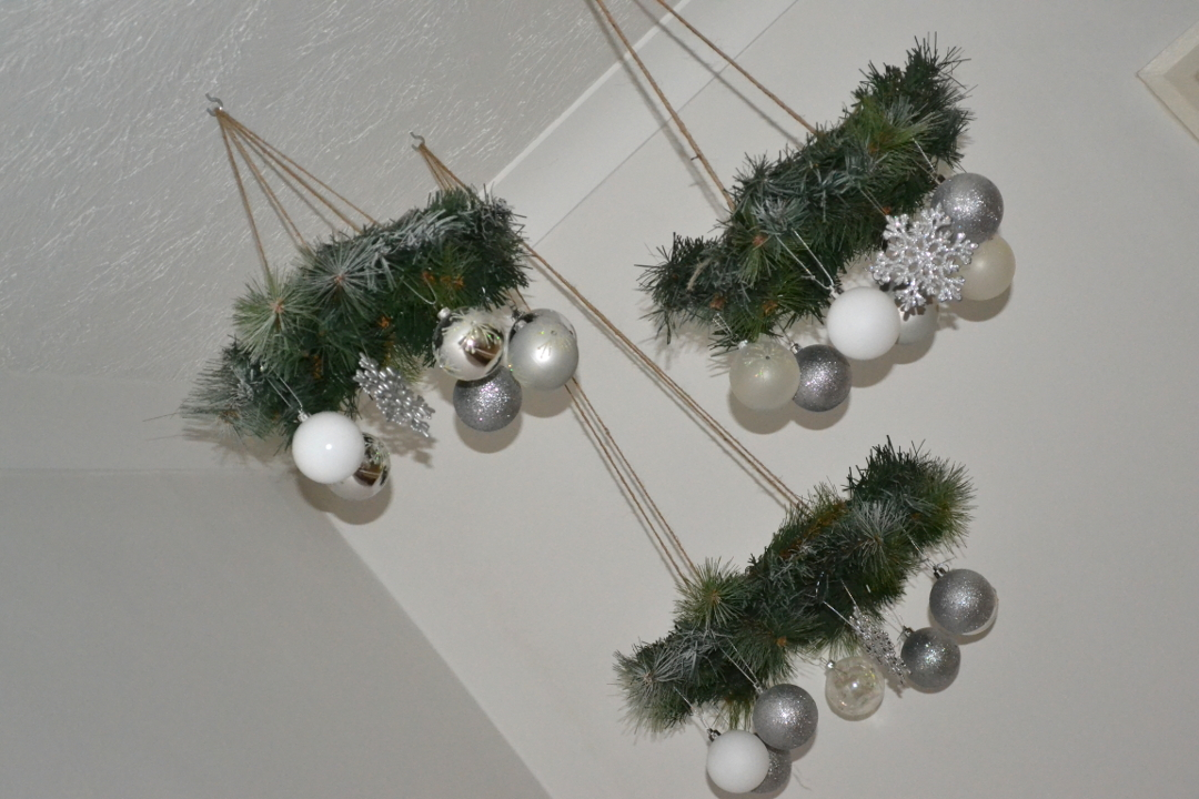 Diy Wreath Chandelier Girl About Townhouse