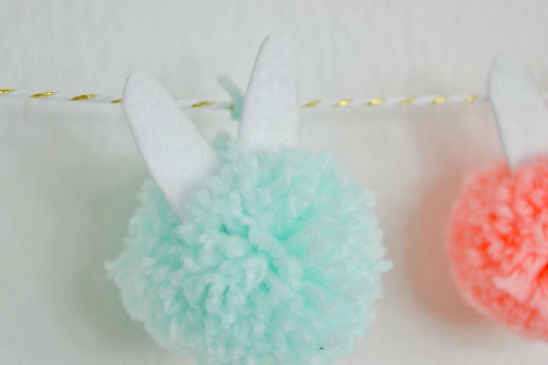 Bunny DIY Pom Pom Garland Tutorial
