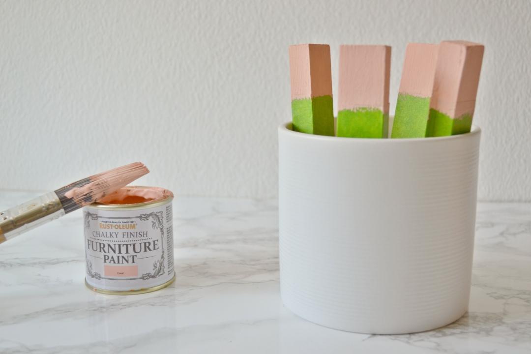 DIY Plant Stand - Mid Century Modern